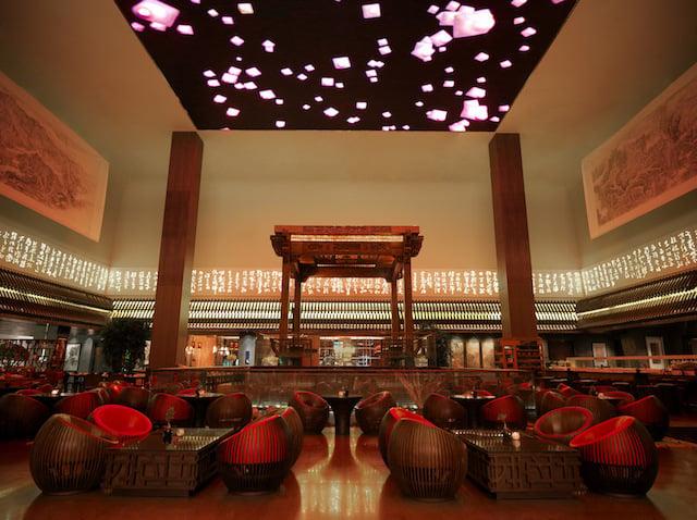 Jumeirah-Himalayas-Hotel-Shanghai-Lobby
