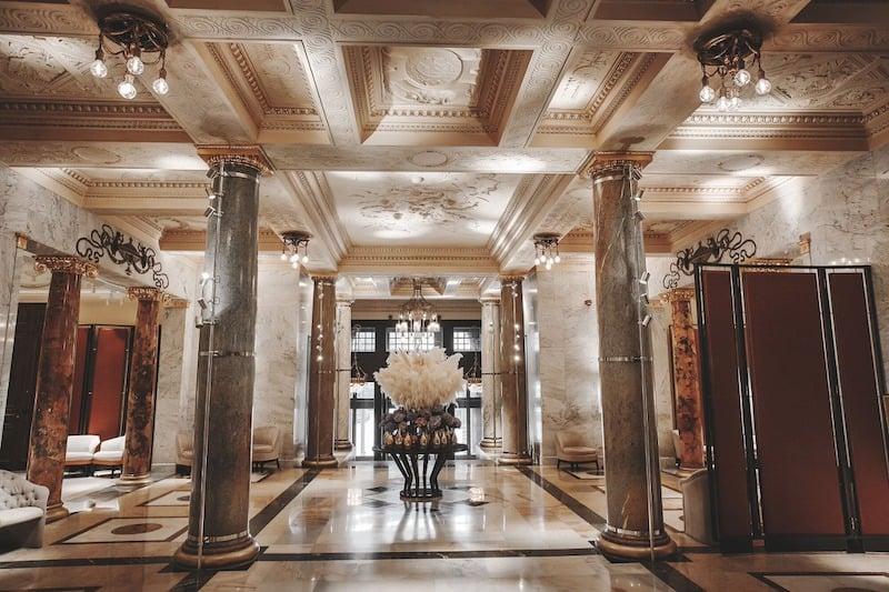 Metropol-Hotel-Hallway